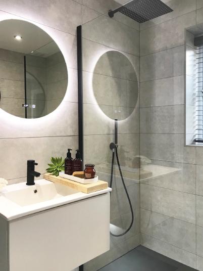 15 Tips Om De Kleine Badkamer Groter Te Laten Lijken Hudson Reed